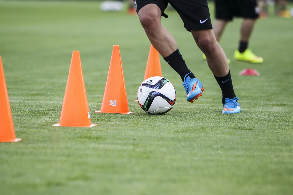 Das Pass- und Zusammenspiel der Mannschaft muss für reale Spielsituationen intensiv trainiert werden.